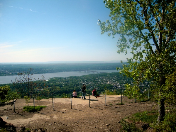 hikers on Mount Beacon