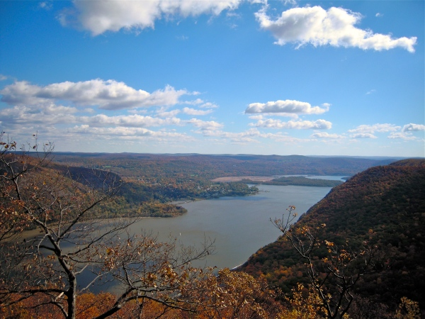Looking south from Storm King Mountain, Cornwall-on-Hudson.